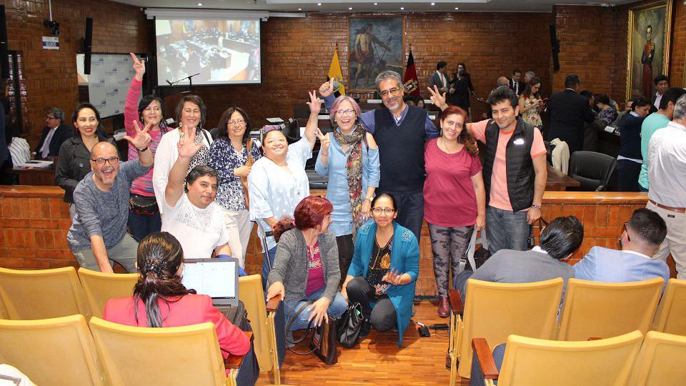 """Quito apoya el """"Octubre Noviolento"""