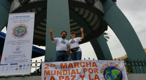 Parte del equipo promotor Costa Rica, Giovanni Blanco y Milena Delosángeles Araya