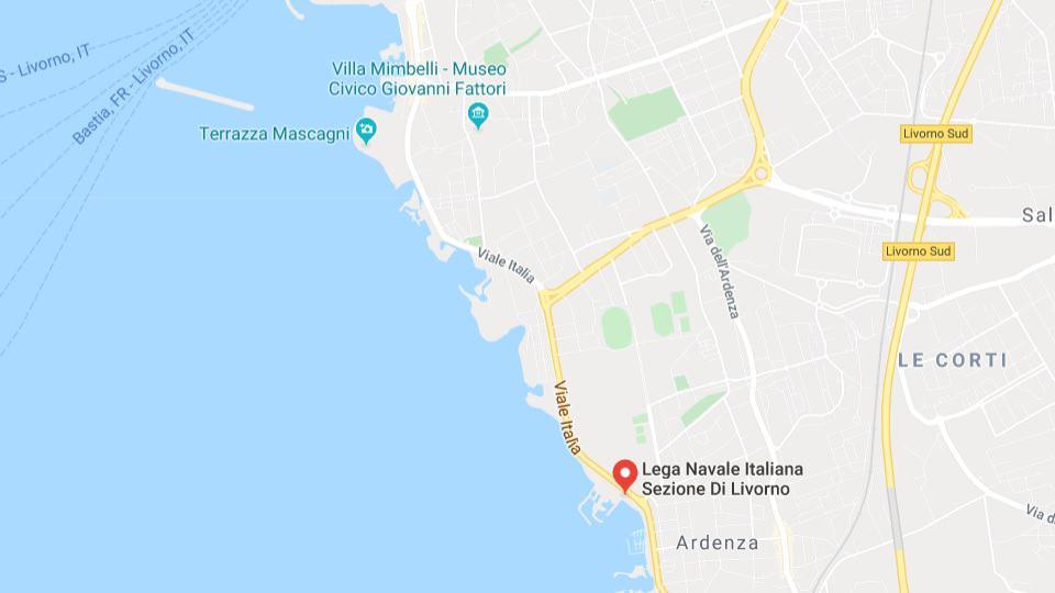 """Bambus, """"Mittelmeer des Friedens"""" kommt in Livorno an"""