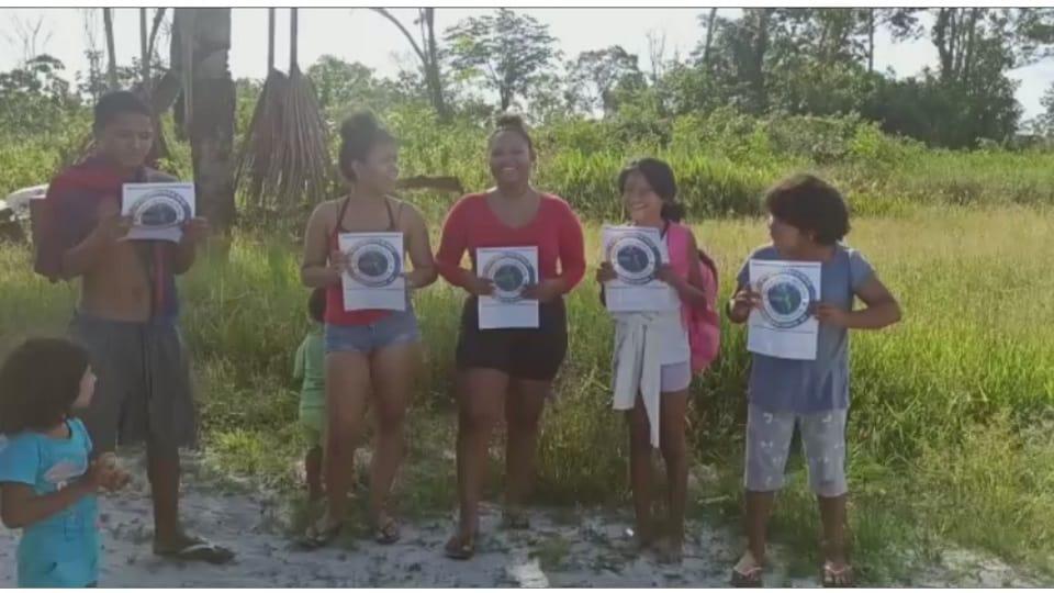 Surinam con la Marcha Latinoamericana